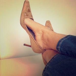 Manolo Blahnik suede heels size EU 39/ US 9